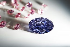 jewellerymag-ru-1-argyle-violet-diamond-700x467